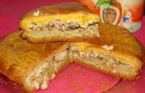 Рыбный пирог из консервов с майонезом
