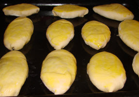 пирожки с солеными огурцами
